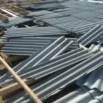 Крышу многоквартирного дома сорвало ветром