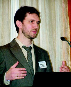 Антон Дебабов, член экспертного совета Ассоциации производителей и поставщиков поликарбоната, автор ряда статей, опубликованных в журнале «Кровли»