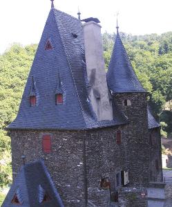 Замок Бург Эльц, Германия