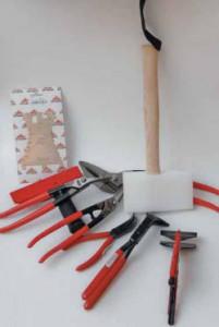 Один из вариантов набора инструмента кровельщика (составлен Александром Ковалевым – «Штубаи-Рус»)