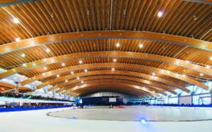 Главный спортивный зал имеет размеры 200x100 м