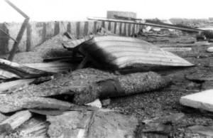 Разрушение мягкой кровли ТЭС на высоте 82 м, 1986 г.