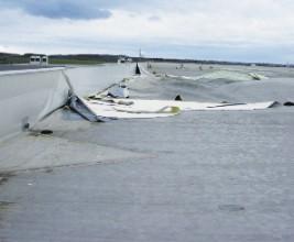 Ветровые нагрузки, воздействующие на плоские крыши из ПВХ-мембран
