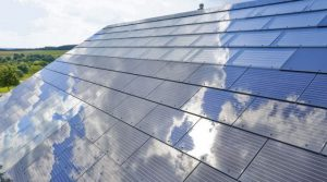 Tesla преодолела ключевой барьер солнечная крыша стала