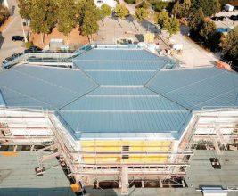Ратуша Гунзенхаузена: 19-метровые кровельные панели и продуманная система водоотведения