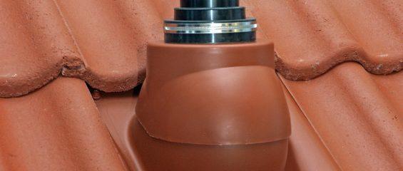 Как герметично вывести ТВ-антенну, флагшток или трубу небольшого диаметра на кровлю?
